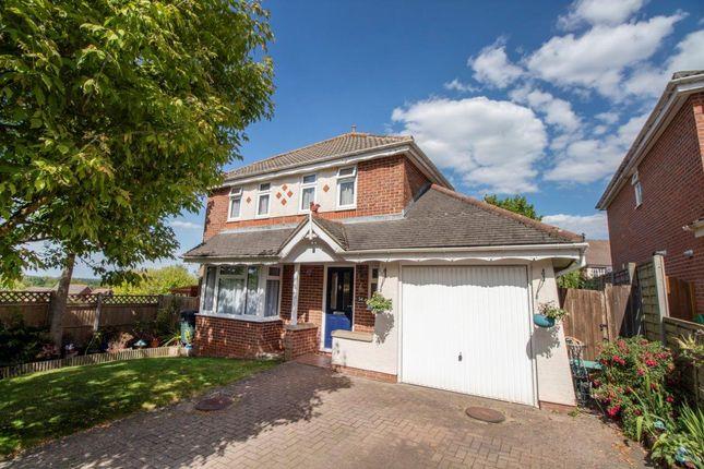 Thumbnail Detached house for sale in Highdowns, Hatch Warren, Basingstoke