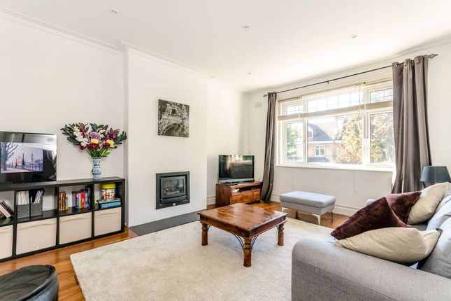 3 bed maisonette for sale in Queen Anne Avenue, Bromley