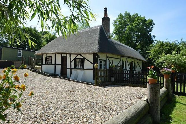 Thumbnail Detached house for sale in Old Reading Road, Crowmarsh Gifford, Wallingford