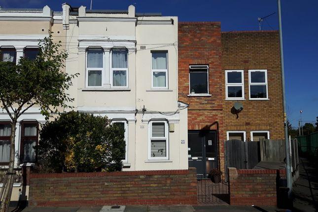 Thumbnail Flat for sale in Eleanor Road, London