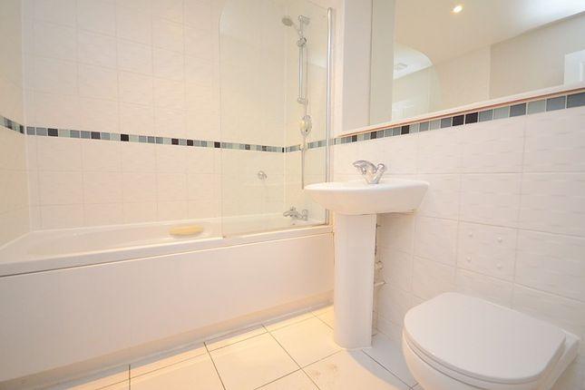 Bathroom of Cranmer Court, 24 St Lawrence Road, Upminster RM14