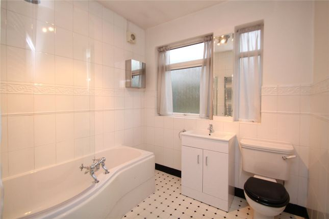 Thumbnail Property to rent in Woodyates Road, Lee