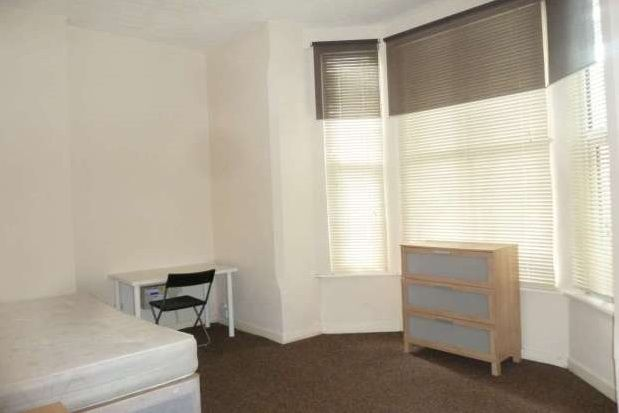 Thumbnail Flat to rent in 6 Bed, Burns St, Arboretum