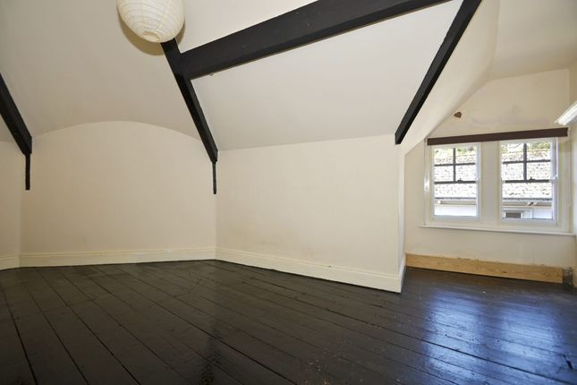 Thumbnail Flat to rent in Graham Road, Malvern