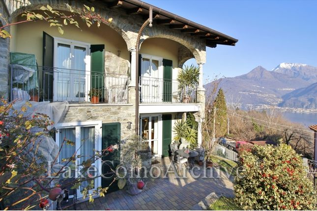 2 bed apartment for sale in San Siro, Lake Como, Italy