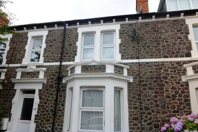 Thumbnail Flat to rent in Glenmore Road, Minehead