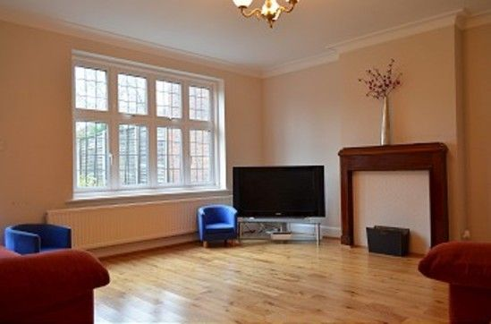 Thumbnail Property to rent in Forestdale, London