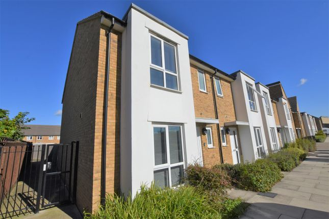 Thumbnail Property to rent in Four Seasons Terrace, West Drayton