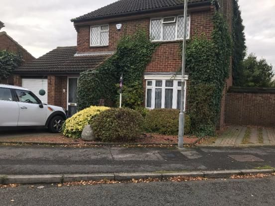 Thumbnail Semi-detached house to rent in Enderby Road, Luton