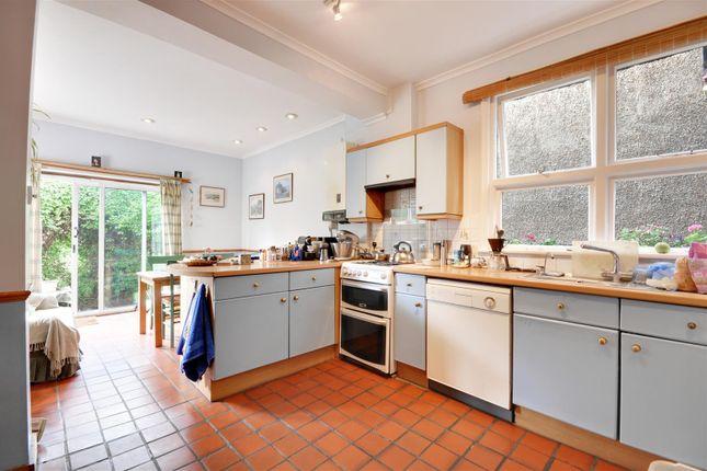 Thumbnail Property for sale in Heathfield Road, London