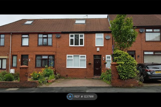 3 bed semi-detached house to rent in Harrow Ave, Oldham OL8
