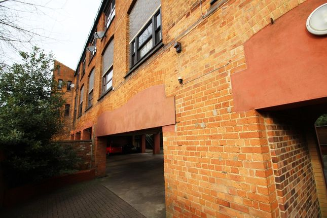 Thumbnail Flat for sale in West Road, Oakham