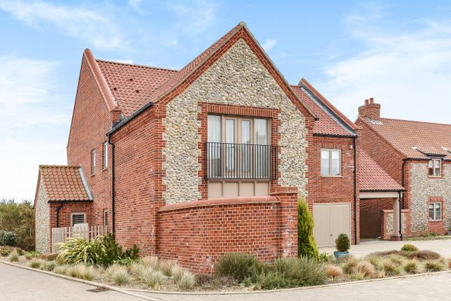 4 bed detached house for sale in Brightwell Close, Blakeney, Holt
