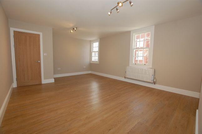 Thumbnail Flat to rent in High Street, Orpington, Kent
