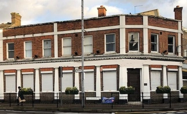 Thumbnail Leisure/hospitality to let in Hale End Road, London