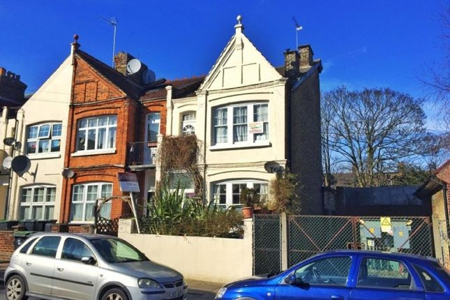 Thumbnail Terraced house for sale in Lascotts Road, London
