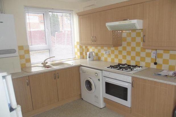 Thumbnail Semi-detached house to rent in Coronation Street, Swinton