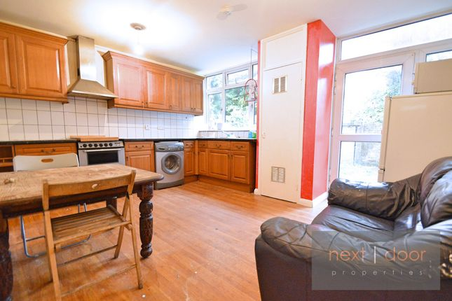 Thumbnail Terraced house to rent in Olney Road, Kennington