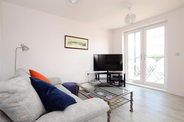 Thumbnail Flat for sale in The Boulevard, Horsham, West Sussex