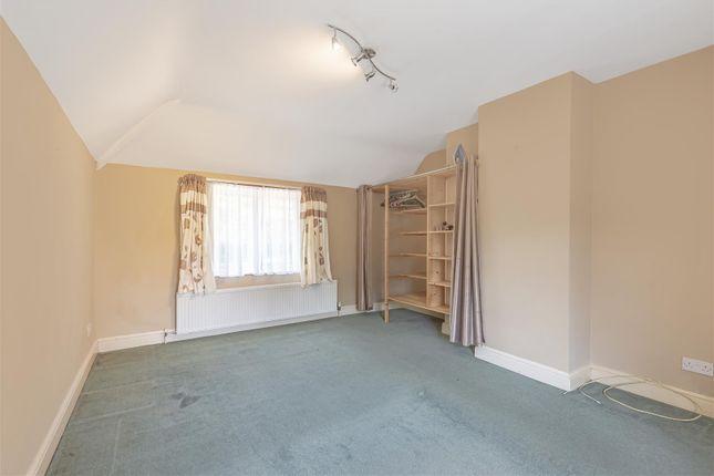 629616 (6) of Epsom Road, West Horsley, Leatherhead KT24