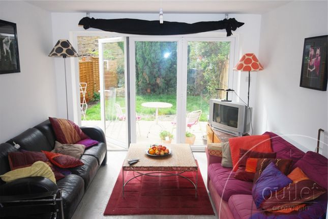 Room to rent in Wallbutton Road, Brockley, London SE4