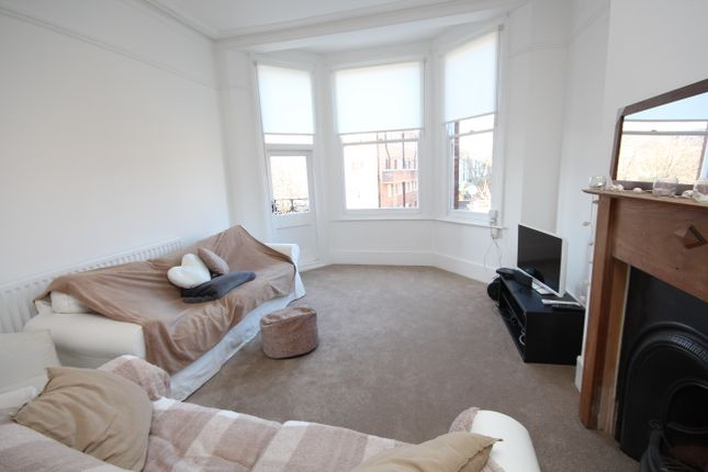 4 bed flat to rent in Tollington Park, London N4