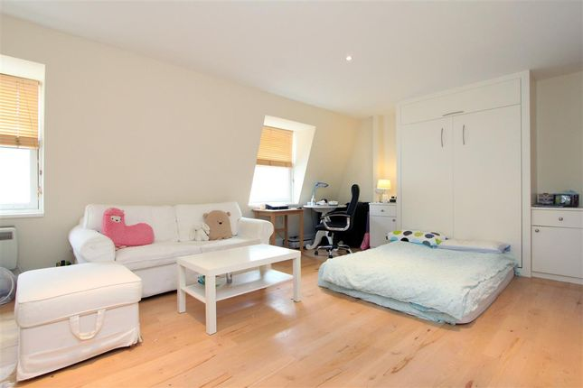 Studio to rent in Elvaston Place, London