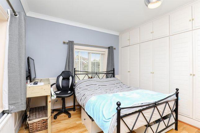 Bedroom of Coombes Road, Lancing BN15