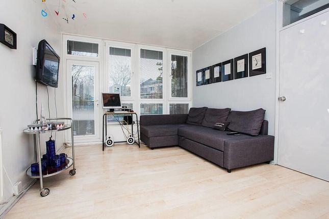 Thumbnail Flat for sale in Crosby Row, London