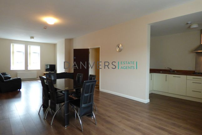 Thumbnail Town house to rent in Latimer Street, Leicester