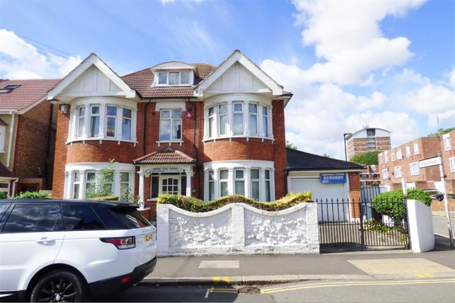 Thumbnail Detached house for sale in Hibernia Road, Hounslow