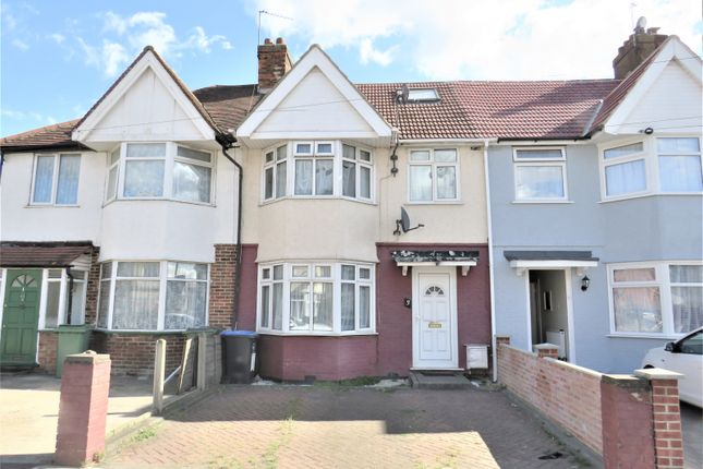 Thumbnail Terraced house for sale in Sunleigh Road, Wembley, Middlesex