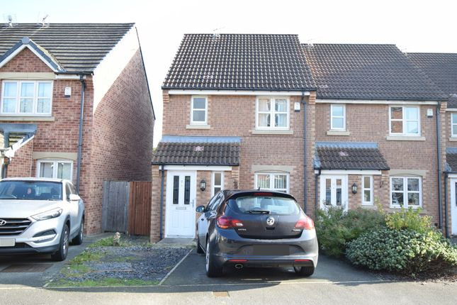 Thumbnail Town house to rent in 9 Royal Troon Drive, Wakefield