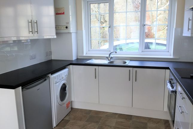 Thumbnail 2 bed flat to rent in Head Road, Douglas, Isle Of Man