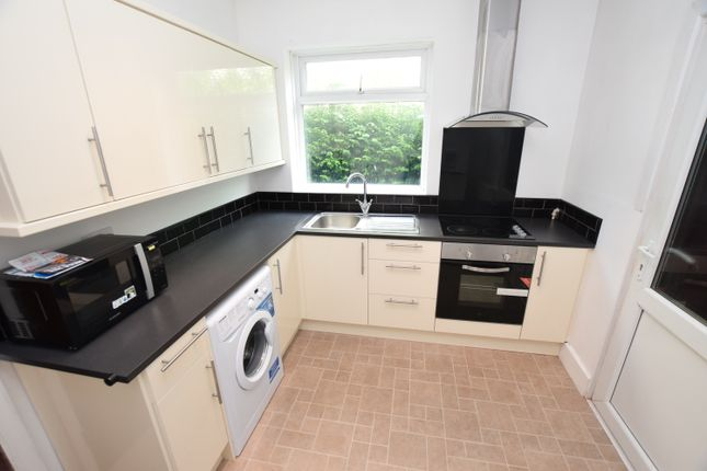 Thumbnail 4 bed shared accommodation to rent in Uttoxeter New Road, Derby