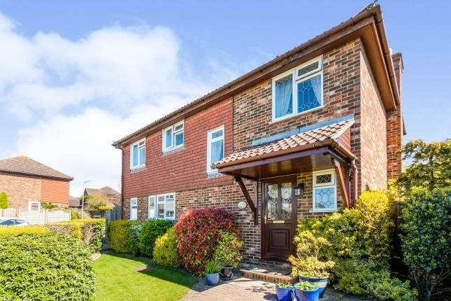 Thumbnail Detached house for sale in Tollgate Way, Sandling, Maidstone, Kent