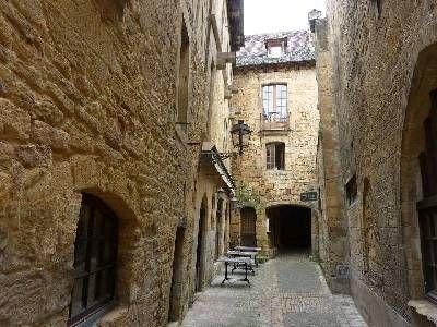 9 bed property for sale in Sarlat La Caneda, Dordogne, France
