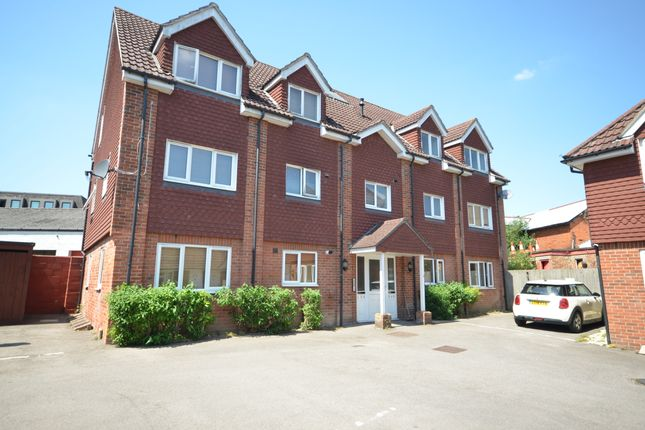 1 bed flat to rent in Harrison Place, Flaxfield Road, Basingstoke RG21