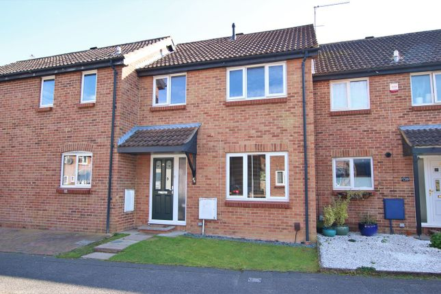 3 bed property to rent in Ilfracombe Way, Lower Earley, Reading RG6