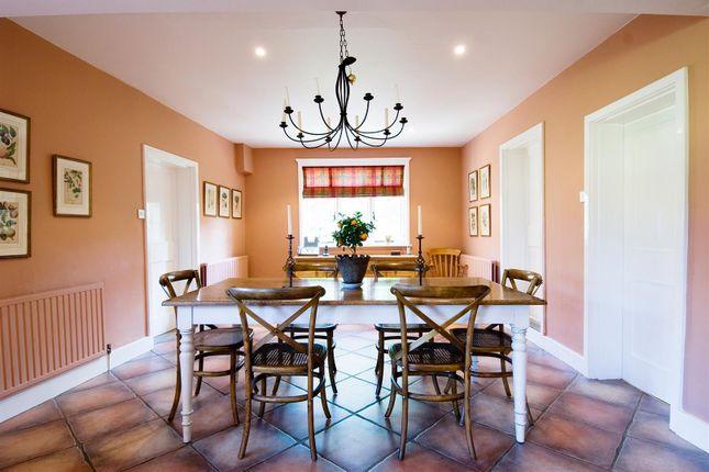 House. Estate Agency Cranleigh Breakfast Room