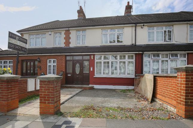 Thumbnail Terraced house for sale in Bourne Hill, Southgate, London