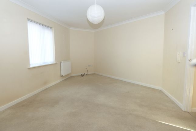 Thumbnail Flat to rent in Rotha Court, Blyth
