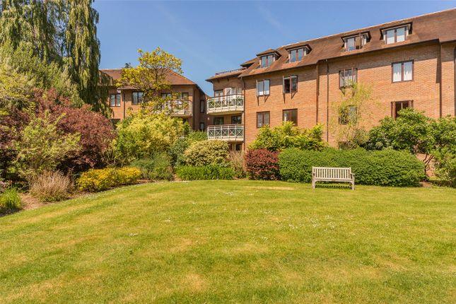 Thumbnail Flat for sale in Barrington House, Southacre Drive, Cambridge