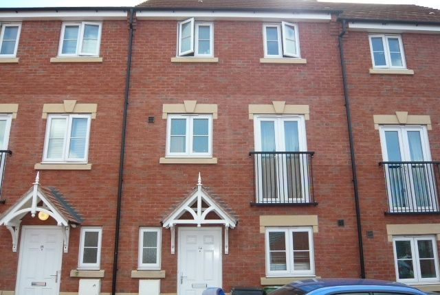 Room to rent in Potterswood, Kingswood, Bristol BS15