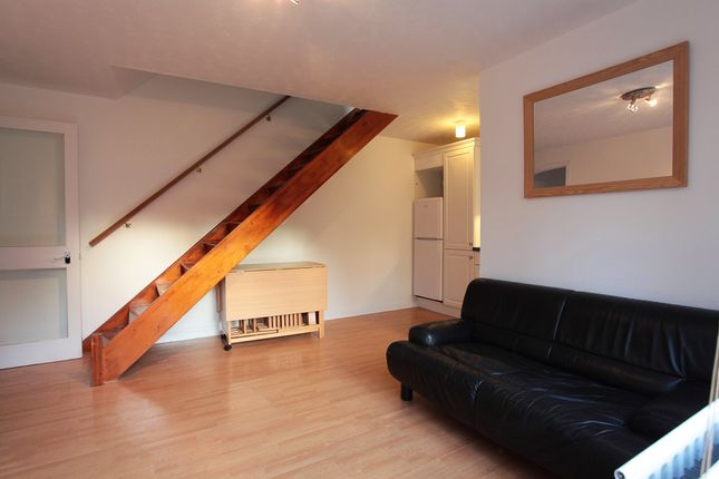 Thumbnail Semi-detached house to rent in Ardgowan Rd, London