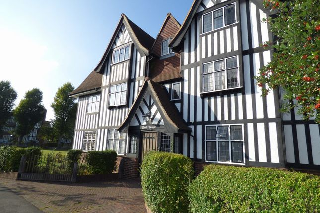 Thumbnail Flat to rent in York House, Queens Drive, West Acton