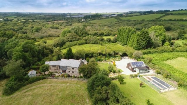Thumbnail Property for sale in Bugle, St. Austell