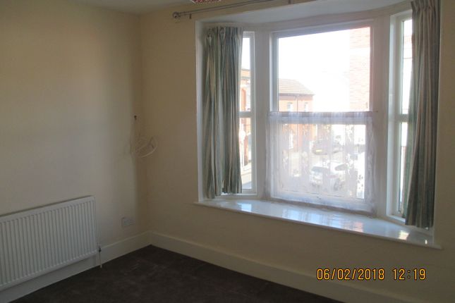 2 bed flat to rent in Royal Albert Walk, Albert Road, Southsea