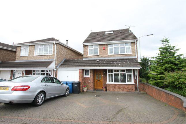 Link-detached house in  Brookweed  Amington  Tamworth  Birmingham