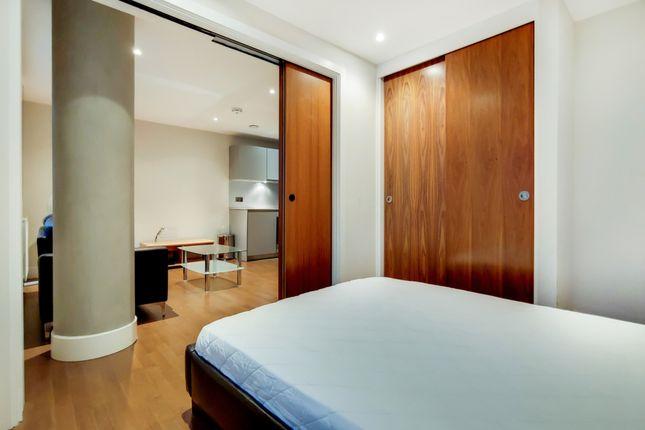 3_Bedroom-0 of Whitechapel High Street, London E1